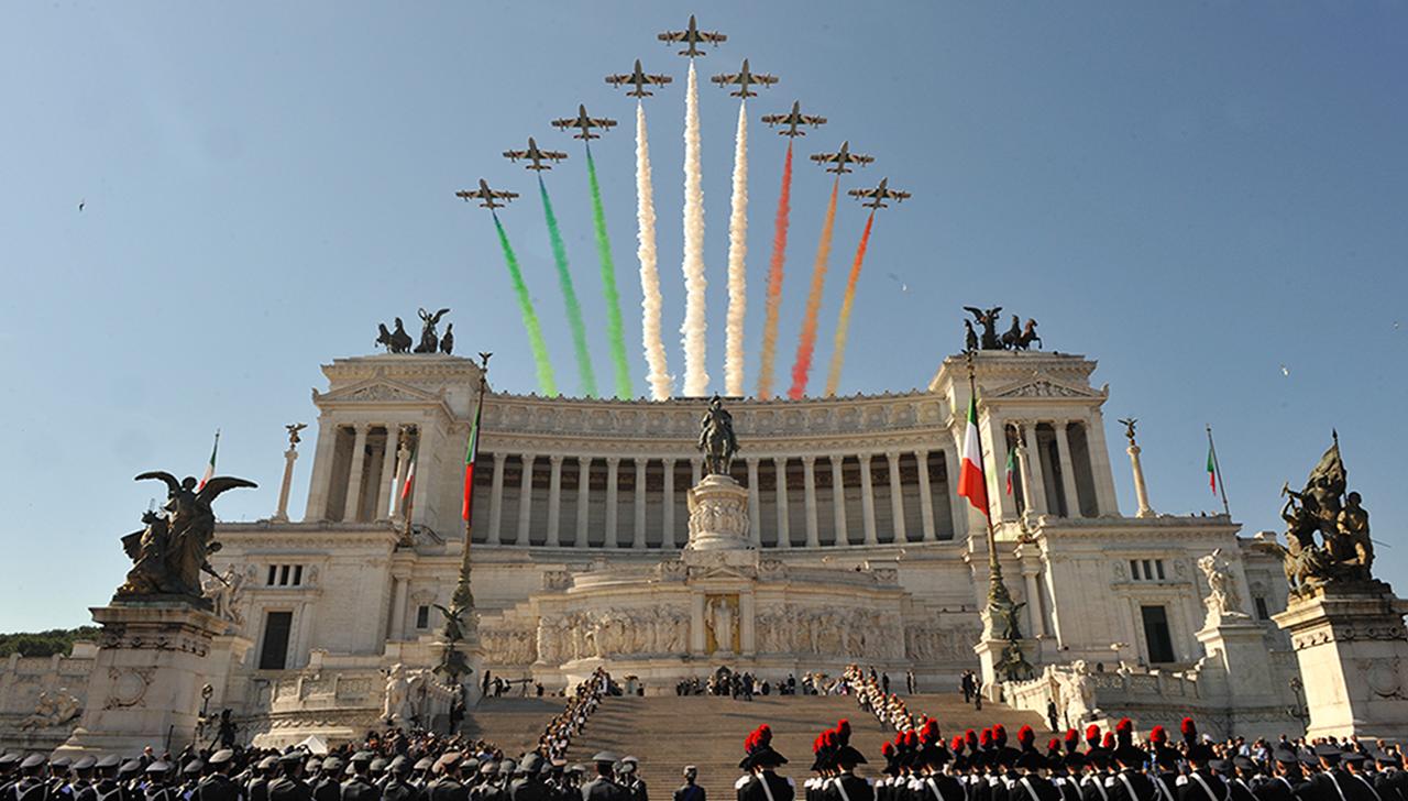 69 anniversario della festa della repubblica esercito for Senatori della repubblica italiana nomi