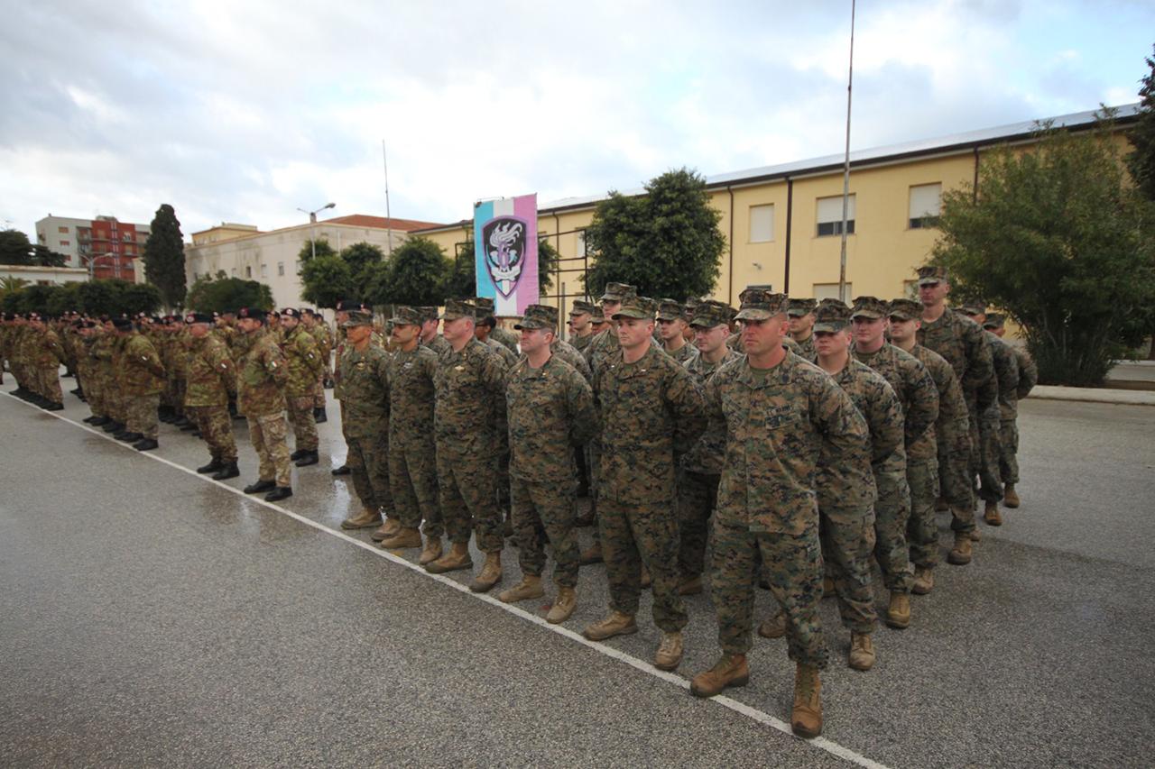Il plotonedel 6°Rgt Bersaglieri e il plotone della US Marines Corps