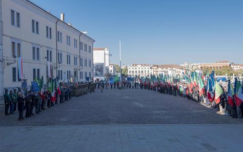 Esercito Italiano - Notizie, Concorsi, Operazioni, Storia