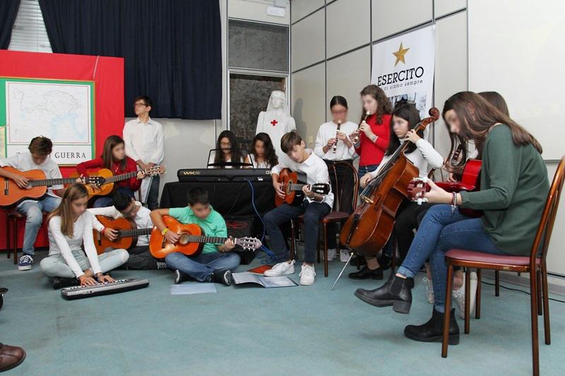 Esibizione musicale dell'istituto Piazzi