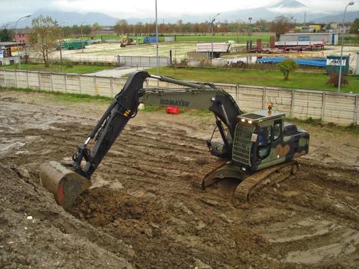 macchine del genio militare Escavatore-cing-a-benna-rovescia